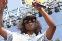 Rapper Ab-Soul opens Spring Splash by telling the audience to raise their hands
