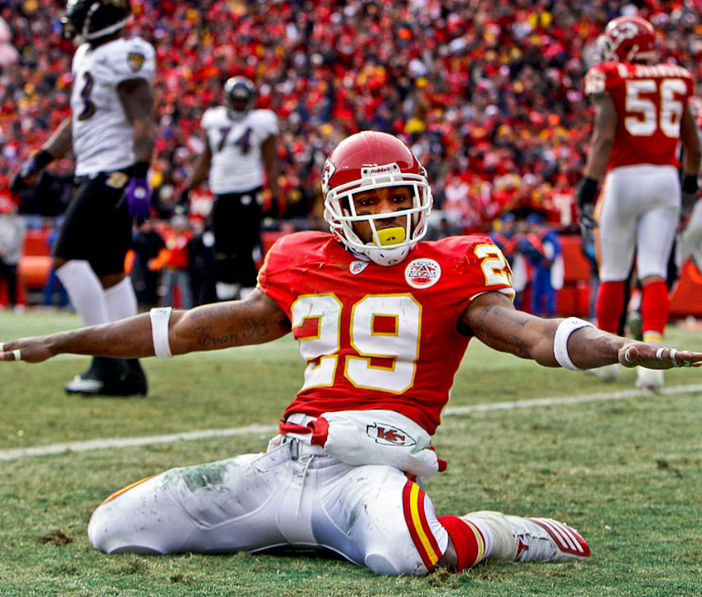 Chiefs safety Eric Berry celebrates on field. (Courtesy of Sporting News)